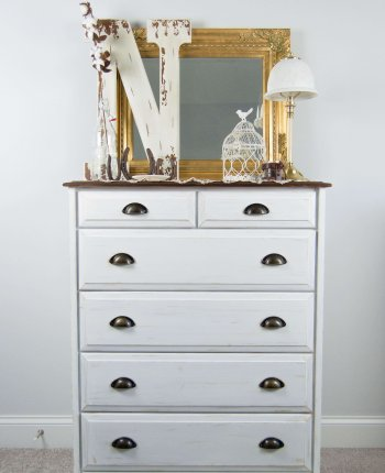 Farmhouse Guest Room Dresser Transformation