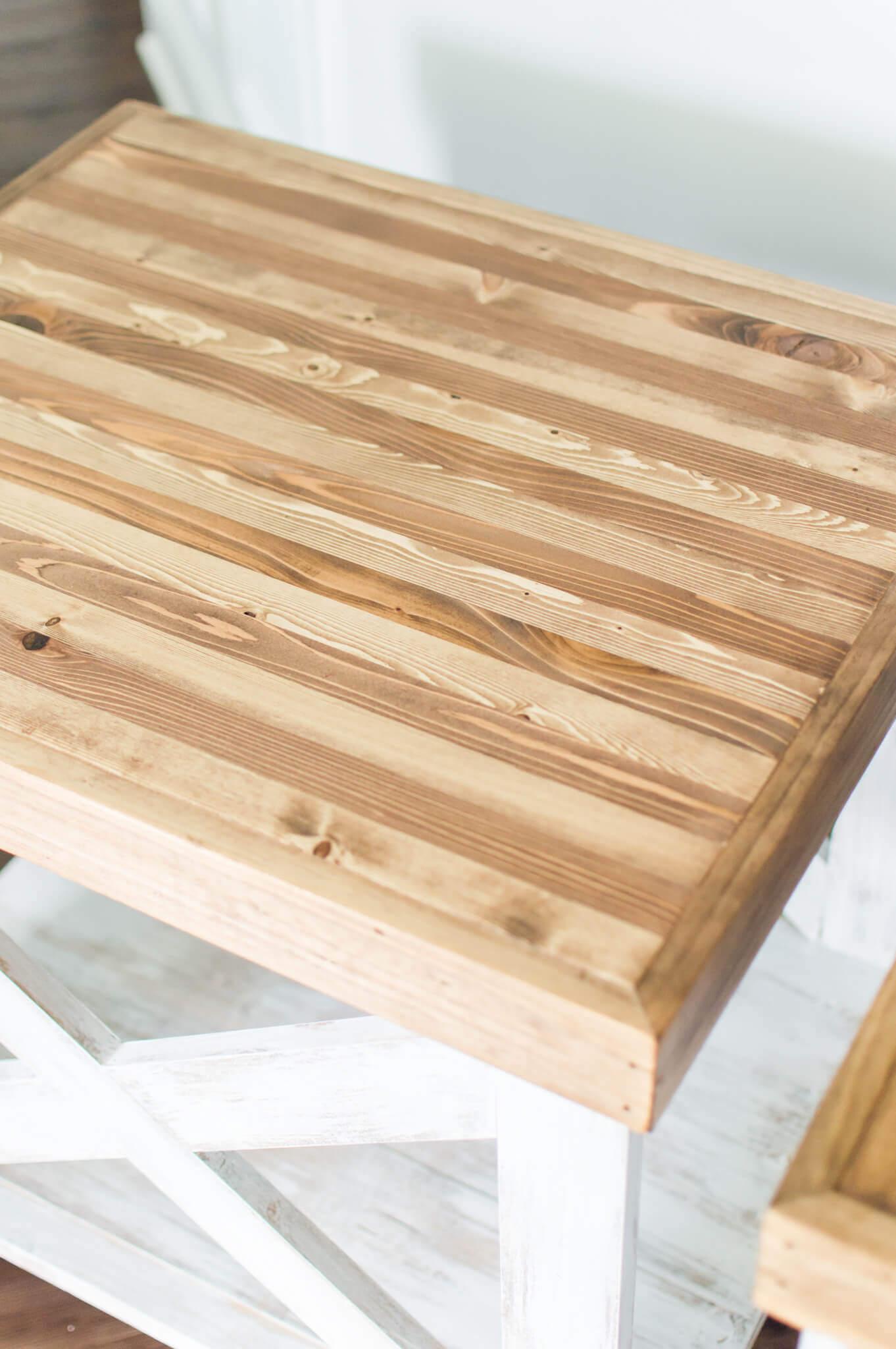 Handcrafted Farmhouse End Tables // DIY Farmhouse End Tables // A Hosting Home Decor