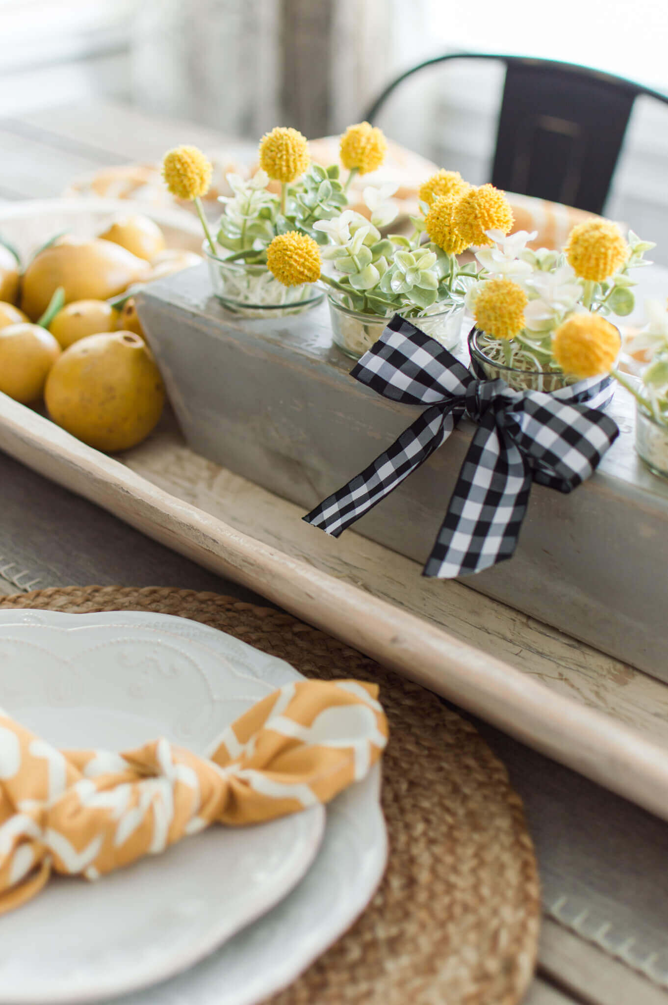 The Perfect Fall Transition Tablescape / A Hosting Home Blog