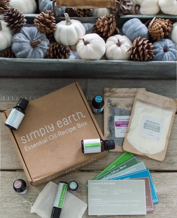 Simply Earth November Essential Oil Recipe Box / A Hosting Home Blog