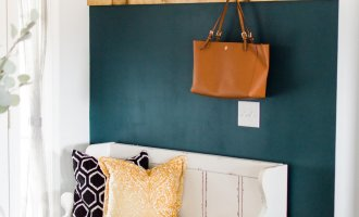 DIY Easy Entryway Makeover / A Hosting Home Blog