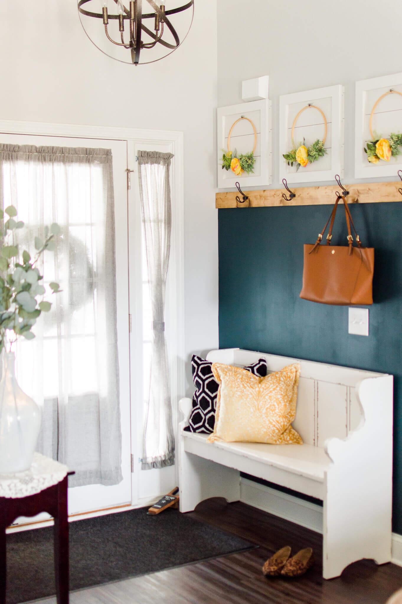 DIY Easy Entryway Makeover / A Hosting Home Blog