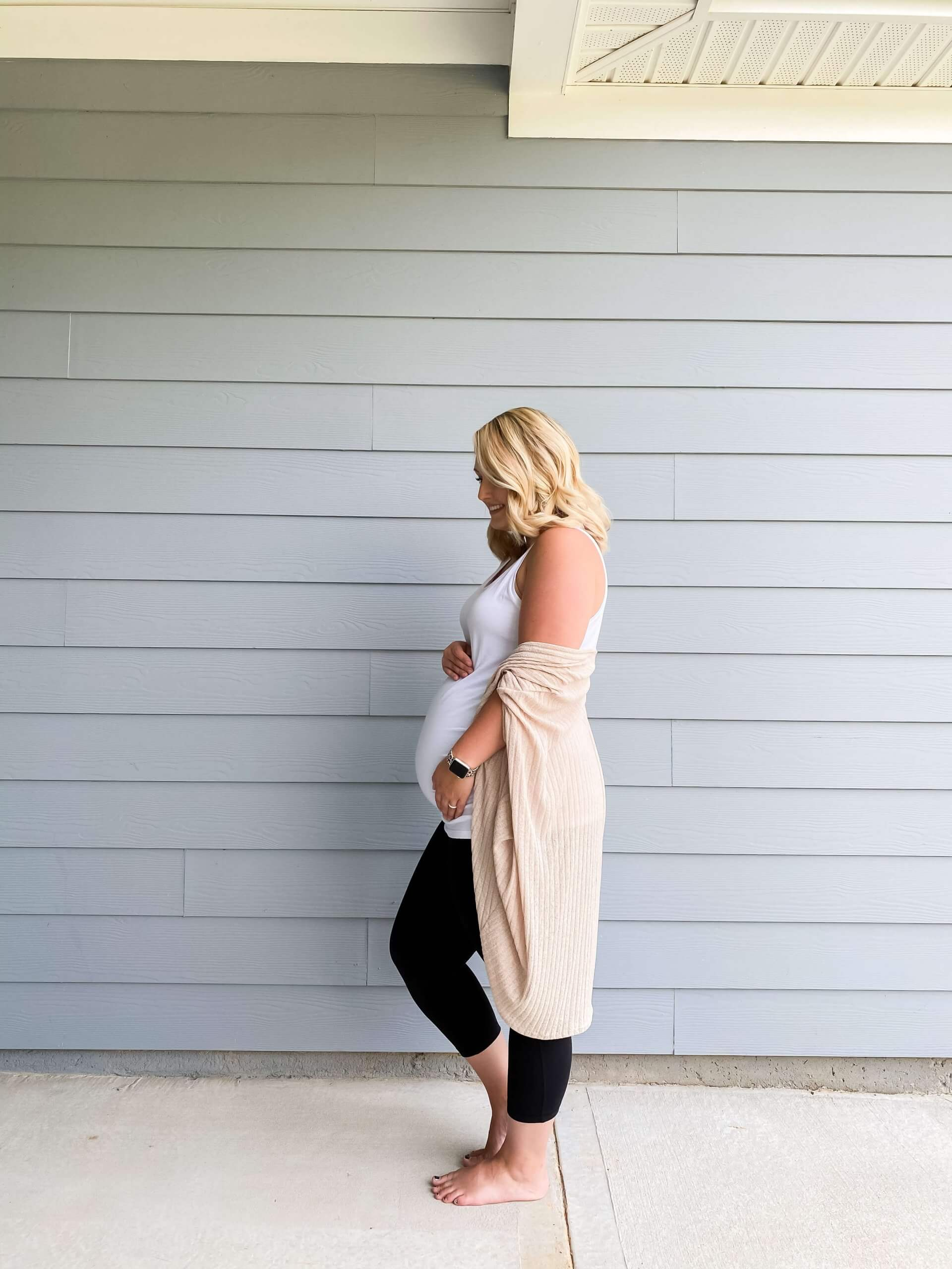Baby #3 Second Trimester Bumpdate / A Hosting Home Blog