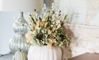 DIY Pumpkin Flower Arrangement / A Hosting Home Blog